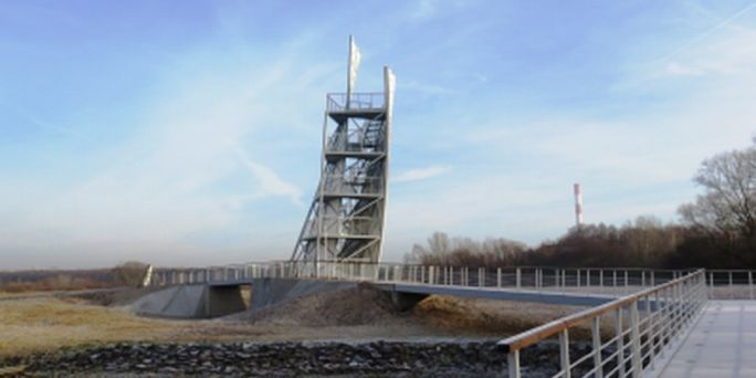 Mieszkańcy Ząbek zadowoleni z wieży widokowej